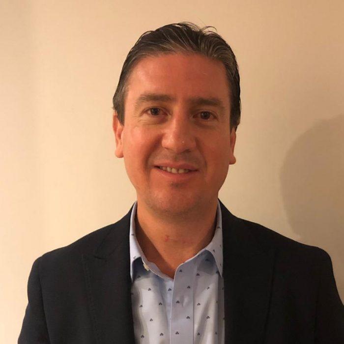 Dr. Andrés Labra Weitzler