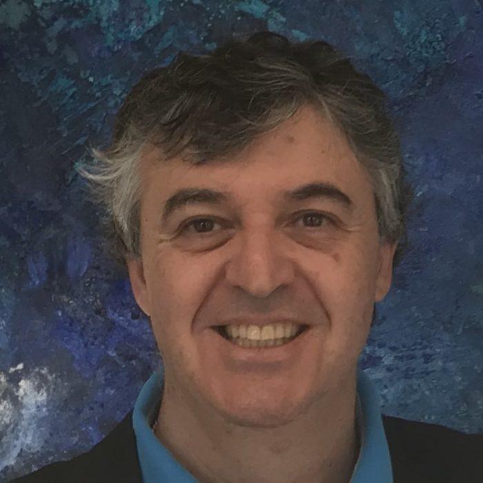 Dr. Gonzalo Delgado